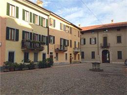 piazza canonica varese